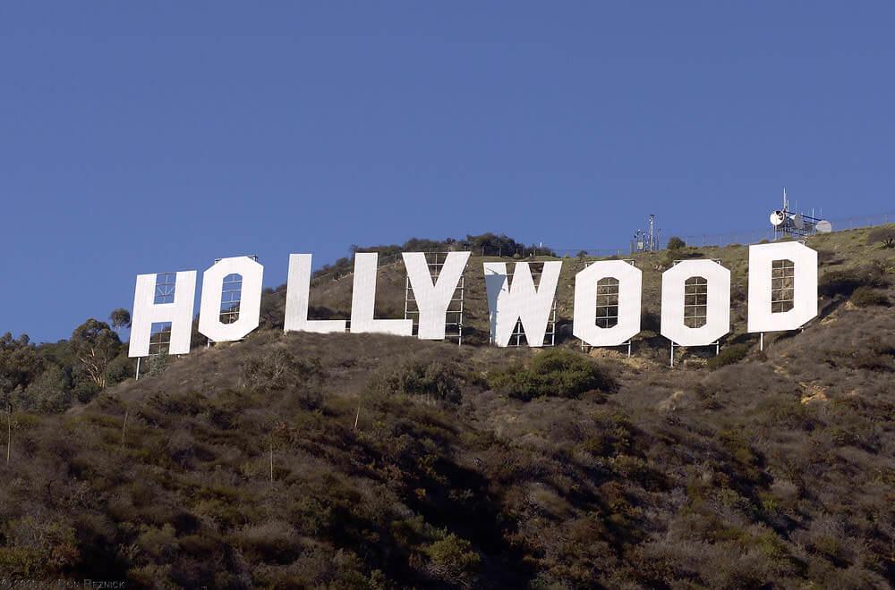 Howard's Restaurant Goes Hollywood