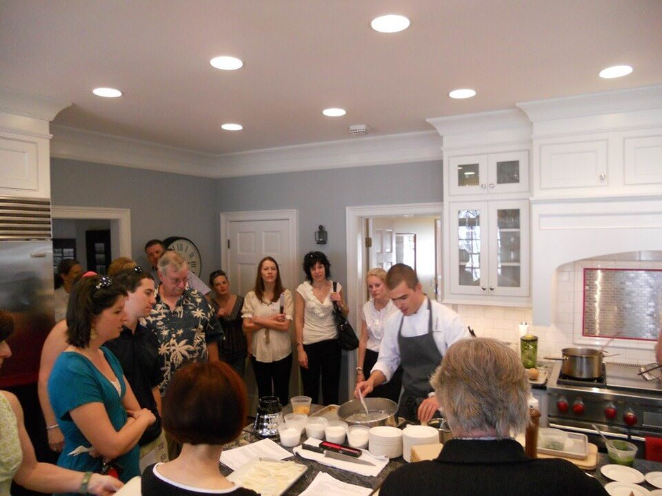 2012 Junior League of Atlanta Tour of Kitchens : Smyrna Homes ...